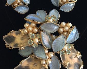 Lovely Vintage Schreiner N.Y Brooch & Earring Set~Blue Glass/Pearls/Rhinestones/Gold Tone~Signed