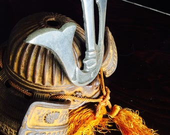 Kabuto (Japanese Samurai Helmet) miniature collectible--cast iron