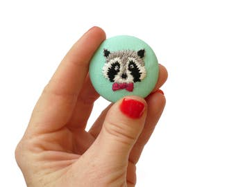 Round Brooch | Hand Embroidered | Badge Pin | The Racoon