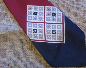 50s Pilgrim Cravats Tie De Luxe Silk Red Blue Off White Necktie