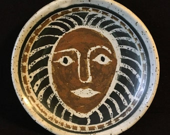 Fantastic Lion Man Face Studio Pottery Shallow Bowl Plate Ralph and Lorene Spencer Northwest Seattle
