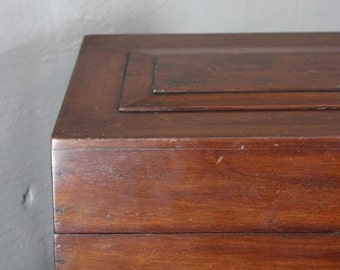 Mahogany Gramaphone Case
