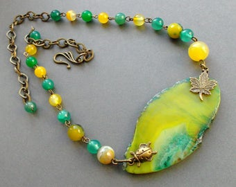 "Magnificent necklace ""Spring - Summer"". Necklace Yellow olive Green. necklace Agate. Natural stones. Idea for a gift. Necklace for her."