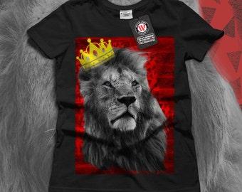 Royal Lion Kingdom Cat Crown Women Black White Grey Red Royal Blue T-shirt S-2XL NEW | Wellcoda *y3075