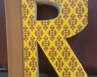 Book Letter R.....You are purchasing THIS Pattern!!  Letters created from actual Hardcover Books!!
