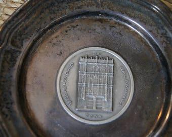 Vintage 1970's - Universidad De Salamanca commemorative metal plate 5 inch Decorative Plate University of Salamanca