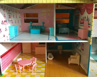 Metal tin dollhouse split level