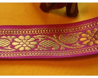 069# Oriental border, pink, width: 35 mm