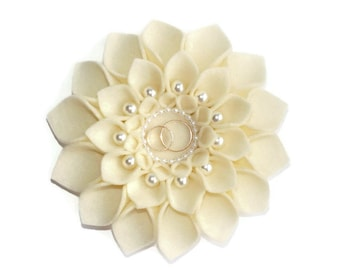 Wedding ring holder, Ivory ring pillow, Ring pillow, Wedding ring pillow, Ring Bearer, Wedding flower pillow