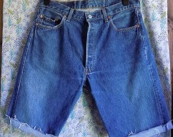 Mens unisex cream denim shorts Levi 501 shorts cream denim