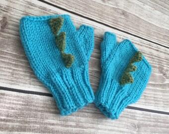 Dinosaur Gloves Knitting Pattern : Dinosaur mittens Etsy