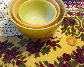 Vintage Anchor Hocking Fire King Pastel Nesting Bowl Set