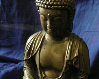Buddha in meditation,Sitting Buddha,Bronze sculpture Buddha sitting in Lotus Pose