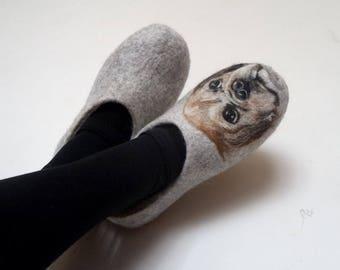 Dog portrait slippers, Felt slippers, Wool painted dog, Custom pet portrait, Needle felt animal