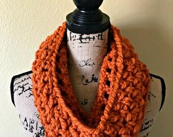 Chunky Crochet Scarf, Circle Scarf, Womens Crochet Cowl, Infinity Scarf, Womens Inifnity Scarf