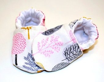 Organic tree baby shoes, baby girl shoes, baby booties, organic baby, crib shoes, soft sole, baby moccs, girls, kids shoes, girl, tree