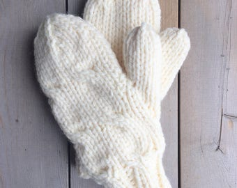 Ivory Bulky Yarn Cable Knit Mittens Lined With Flannelette