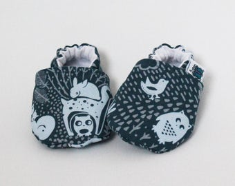 Child crib shoes, Slippers,  Blue forest, Owls, Rabbit, Custom made, Flannel, Cotton, Soft soles Moccasins, Toddler, Shower gift, Newborn