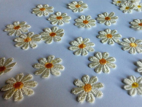 Flower patches small patches daisy patches craft flowers for Small flowers for crafts