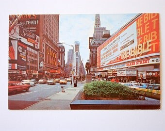 Times Square New York City Postcatds 1970 / Vintage New York City Souvenir / NYC  postcard / Allied Chemical Tower, Broadway Postcard