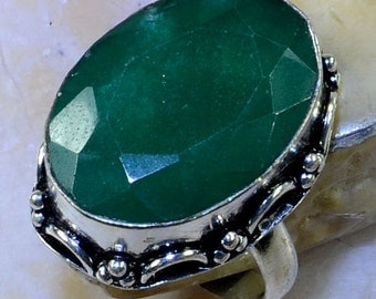 Extraordinary EMERALD Sterling Silver Ring Size 9 3/4