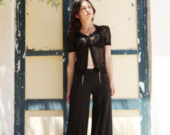 Black tulle lace vintage short sleeve shirt top.one/size