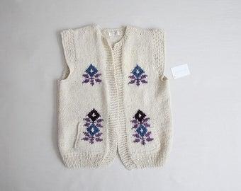 wool folk sweater | cream sweater vest | ecuadorian sweater