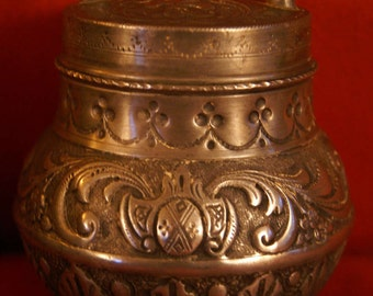 Antique pewter lunch box from the XIXth century