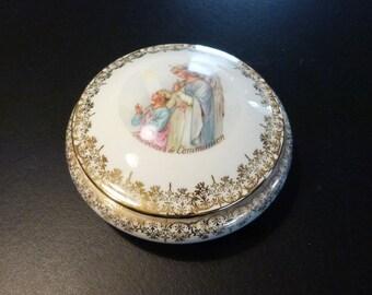 Limoges porcelain Communion Souvenir trinket box. Religious Limoges. Hold Communion gift.