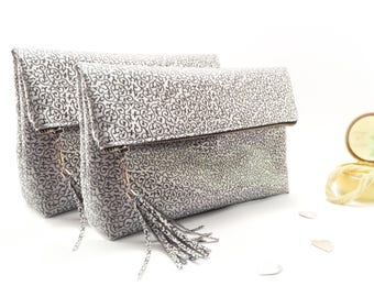 Personalized bridal party bag Personalized clutch bag Bridal party gift Personalized bag Bridal clutch Personalized bridal bag Bridal gifts