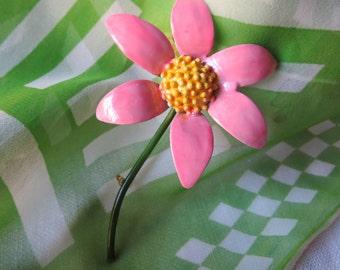 """Adorable """"Original by Robert"""" Pink Flower Brooch From 1960s Flower Power Era"""