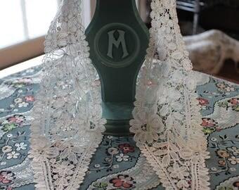 Vintage Handmade Brussels Lace Collar in Ecru, LA5