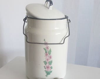 Enamel White Milk Can, Soviet Enamelware, Milk Container with Lid,  Rustic Home Decor, Cottage Chic