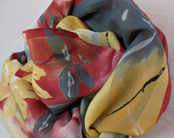 Marie Michele - ITALY - Beautiful Vibrant Scarf