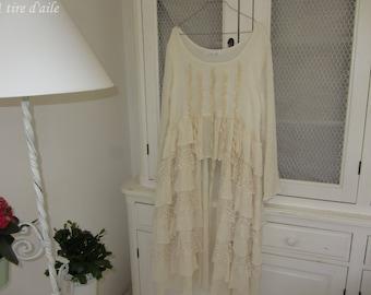 Magnifique robe en lin froissé, avec volants et tulle brodé écrus, magnolia, boho, romantique, les ours, shabby chic, robe de style,