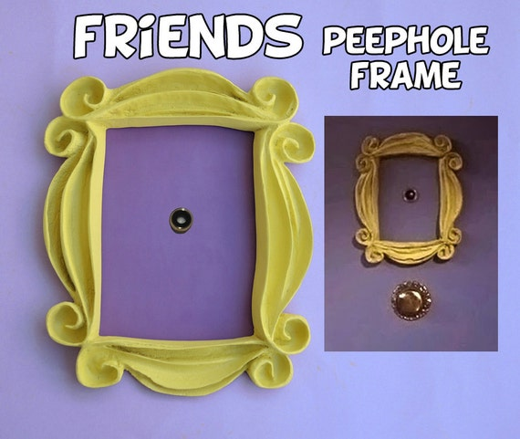 Friends tv show frame friends peephole frame by laretrotienda for Marco puerta friends