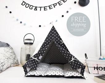 Dog bed - black&white dots  (Medium size) Oh yes, FREE shipping!