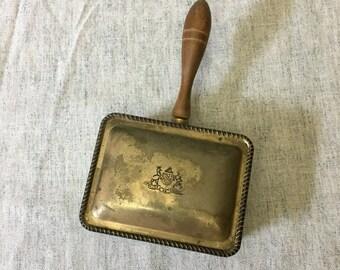 Vintage Major AB Adversis Silverplated Crumb Butler with Wood Handle