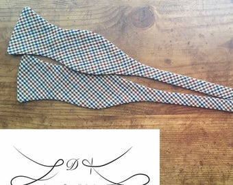 Cody Bow Tie in Old-Fashioned Gingham - Self Tie