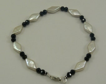 Freshwater White Pearl and Black Spinel Bracelet with Sterling Silver Clasp