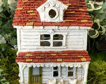 Miniature Fairy Farm House with Chicken Coop