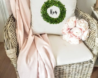 White Pillow Cover/ Mom Boxwood Wreath Pillow Cover/ Throw Pillow Case/ Pillow Cover/ Decorative Pillow Cover/ Quote Pillow