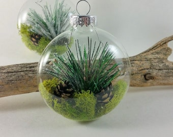 Woodland Glass round Ornament