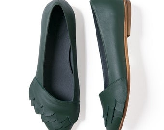 Green leather shoes, Leather shoes, Handmade shoes, Ballet flats, Women's shoes, Leather flats, Green flats, Pointy flats,  Women flats