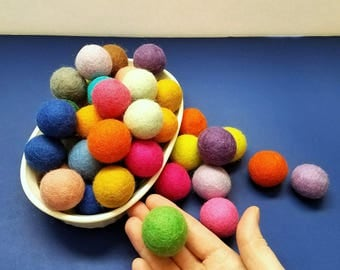 1 DAY SHIPPING 2 Pk-LARGE Felted Bouncy Ball Cat Toy / Your Choice: With/Without Organic Catnip / Gumball Toy Natural Wool Pom Pom