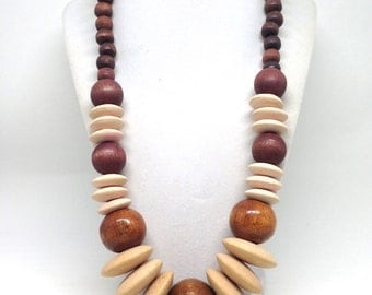 Gorgeous Vintage Brown and Natural Wood Chunky Wood Beaded Necklace