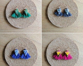 Earrings with pompon and Miyuki beaded pattern