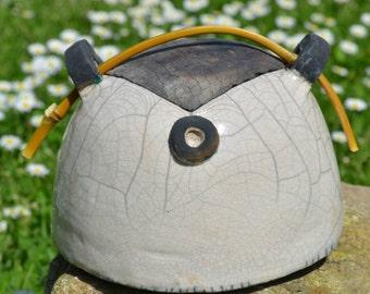 small tea box cracked white raku