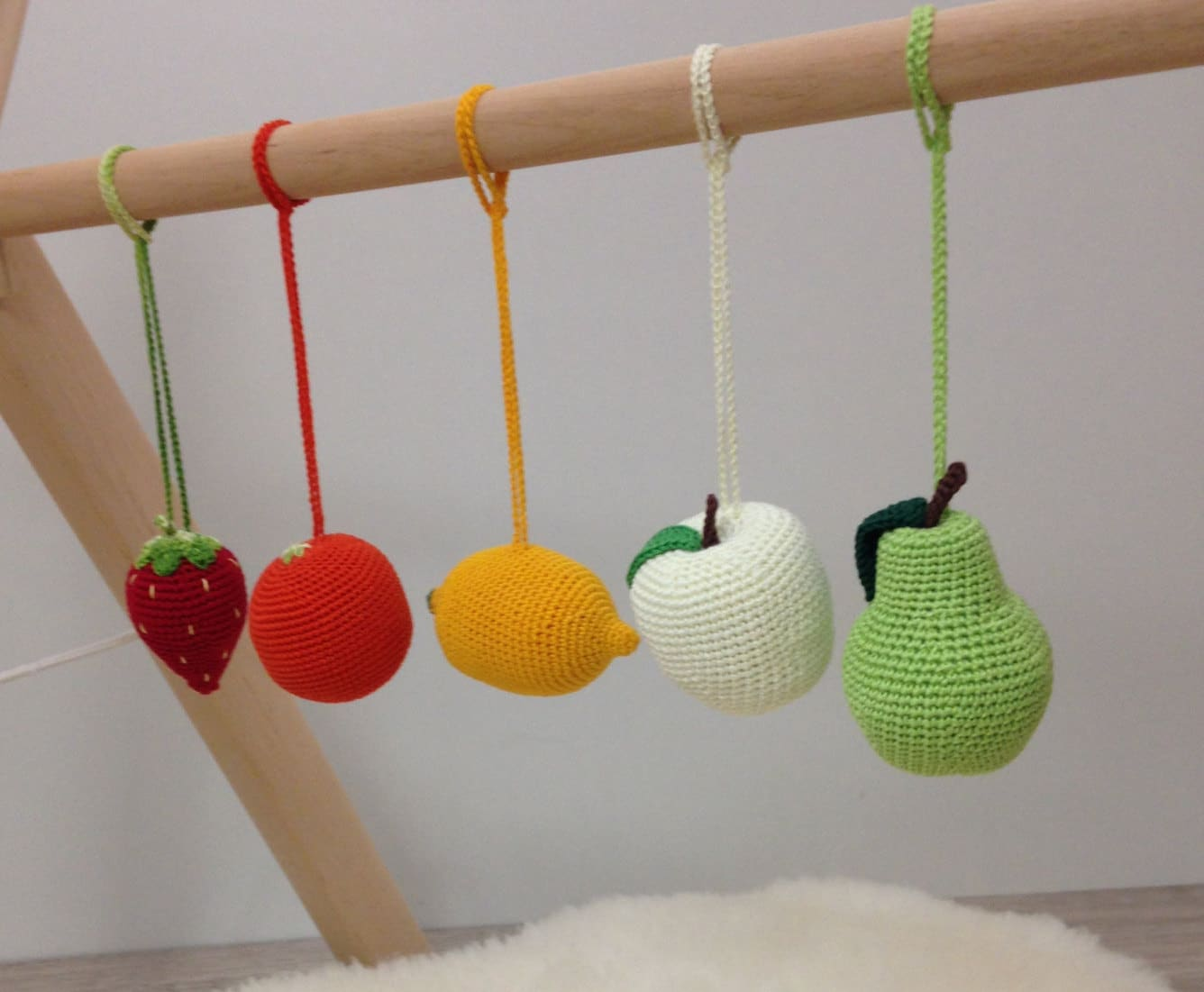 Crib gym for babies - Baby Rattles Set Of 5 Fruits Hanging Toys Baby Gym Toys Car Seat Toys Activity Center Toy Crochet Fruits