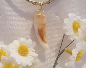 "resin necklace with Locket ""healing"""